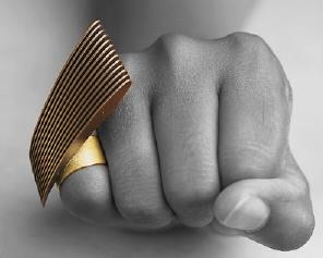 Ring i guld og forkobberet sølv