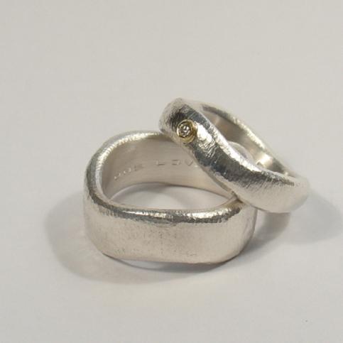 Vielsesringe i sølv 925 og guld 585 med brillant